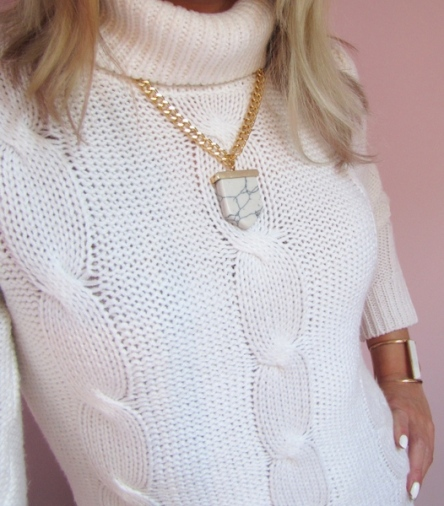 collier-marbre